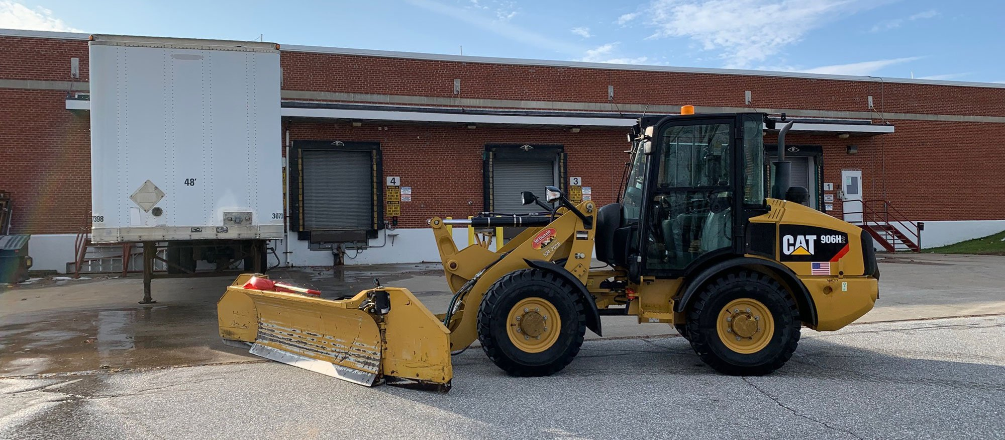 St-Albans-Commercial-Snow-Removal-by-McDonald-Property-Maintenance-Loader-1